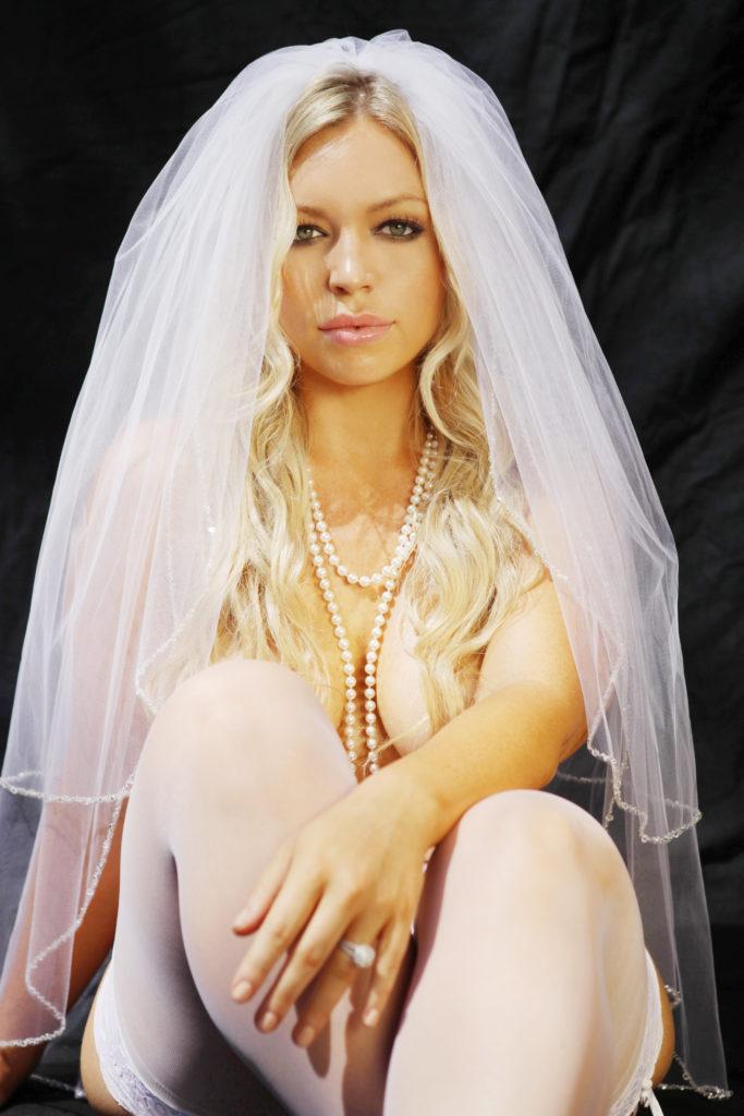 bridal-boudoir-photography-losangeles-boudoir-photographers-brides